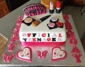 Makeup teenager cake